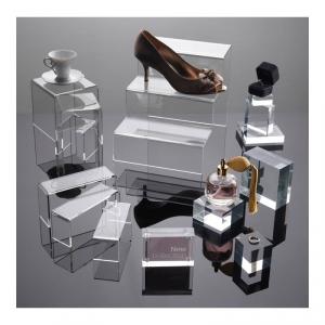 Displays acrílicos transparentes en block, alturas, cuadrados, rectangulares...